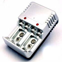 Cargador para pilas alcalinas y NiCd, NiMh 220v AA, AAA, 9V